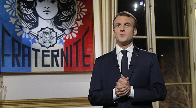 Macron şaşırttı: Ben de sarı yelekliyim!