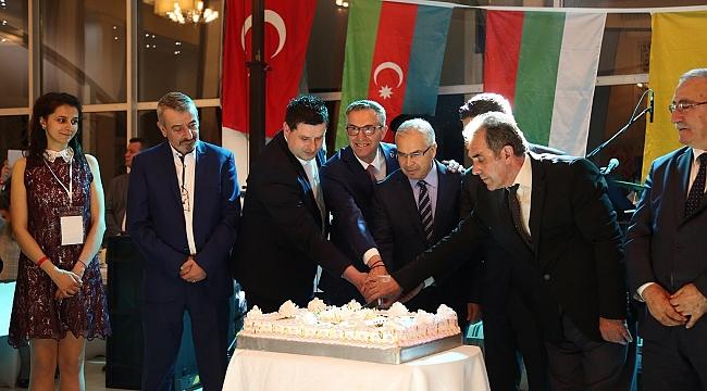 Başkan Halil Arda: 'Atamız iyi ki bu günü çocuklara armağan etmiş'
