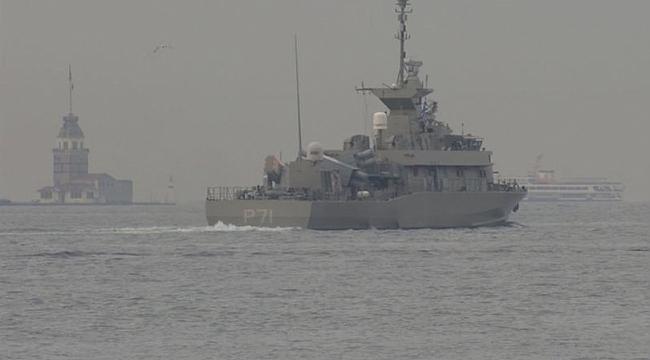 Yunan savaş gemisi boğazlardan geçti!