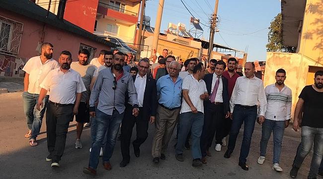 CHP İZMİR MAHALLELERDE DERT DİNLİYOR