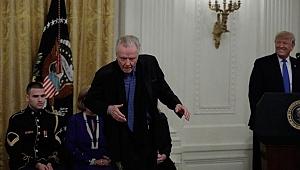 Ünlü oyuncu yaptığı hareketle Trump'ı bile şaşırttı