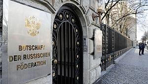 Rusya, 2 Alman diplomatı