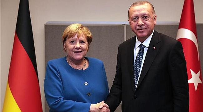 Cumhurbaşkanı Erdoğan'dan Merkel ile kritik görüşme
