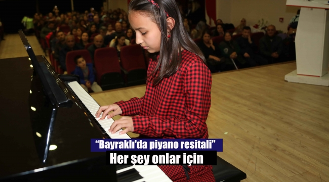 Bayraklı'da piyano resitali
