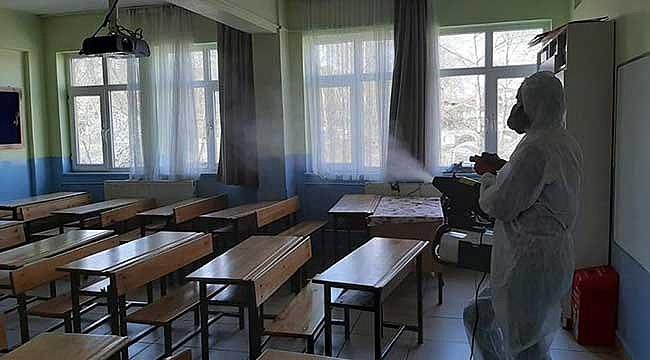 Öğretmen ve öğrencilere