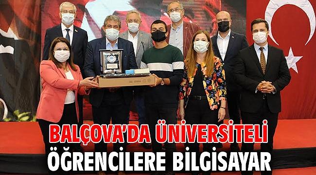 Balçova'da Üniversiteli Öğrencilere Bilgisayar