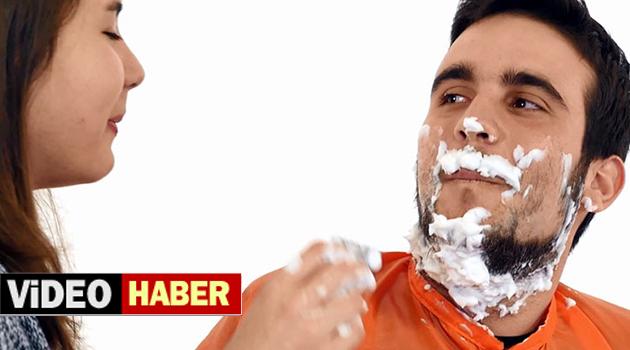 Kızlar ilk kez erkekleri tıraş ettiler